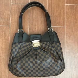 Inspired Damier large handbag. Worn very little.